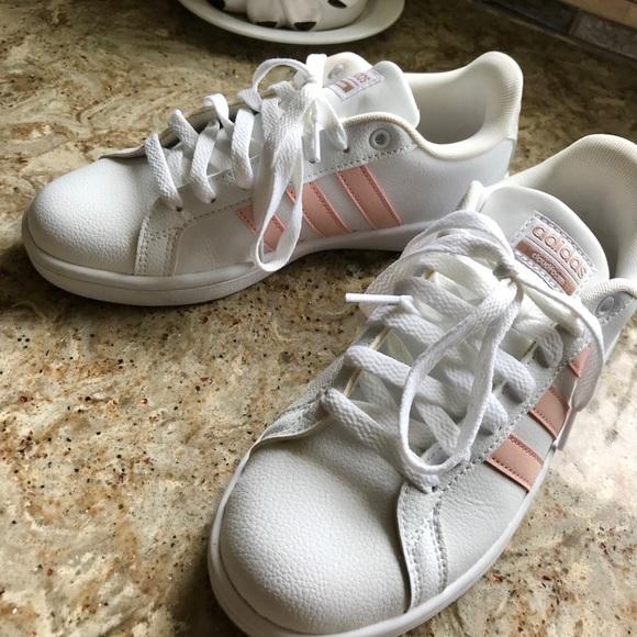 Adidas zapatos ventaja zapatilla  mujer poshmark